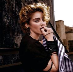 Madonna 1982 by Richard Corman 1980s Madonna, Madonna Music, Lady Madonna, Divas, Madonna Pictures, 80s Trends, Nyc Girl, Material Girls, Celebs