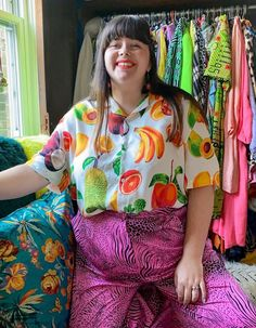 16 Colourful Outfits I Have Really Loved This Month Fat Fashion, Curvy Fashion, Fashion Outfits, Aesthetic Shirts, Aesthetic Clothes, Aesthetic Hair, Colourful Outfits, Simple Outfits, Lime Green Shorts