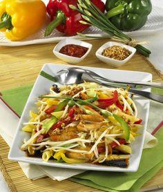 Unser beliebtes Rezept für Lauwarmer Nudelsalat auf asiatische Art und mehr als 55.000 weitere kostenlose Rezepte auf LECKER.de.
