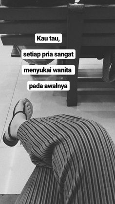 Quotes Sahabat, Message Quotes, Mood Quotes, Qoutes, Motivational Quotes, Funny Quotes, Life Quotes, Study Motivation Quotes, Quotes Galau