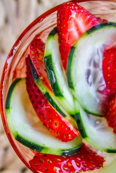 Strawberry Cucumber Salad with Honey Balsamic Dressing - The Food Charlatan 2 pints strawberries, stemmed and sliced 2 large cucumbers, roughly peeled and sliced thin cup white balsamic vinegar cup honey Honey Balsamic Vinaigrette, Balsamic Vinegar Recipes, White Balsamic Vinegar, Recipes Using Fruit, Great Salad Recipes, Salad Ideas, Cucumber Recipes, Cucumber Salad, Fruit Salad