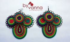 Aros de By Vanna. http://byvannacomplementos.blogspot.com.ar/