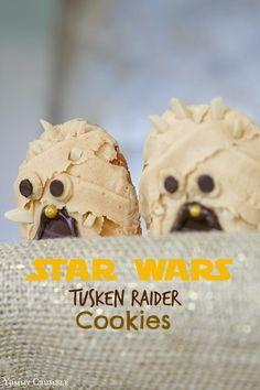 Star Wars Sarlacc Bundt Cake - Yummy Crumble
