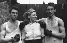 Kray twins, Ronnie & Reggie Kray with their mum Violet Kray. Hoxton, London, England 1952.