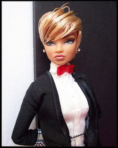 Colette with a short cut (cutieerica) Tags: fashion colette modelbehavior jasonwu fashionroyalty beautydoll Beautiful Barbie Dolls, Vintage Barbie Dolls, Fashion Royalty Dolls, Fashion Dolls, Diva Dolls, Dolls Dolls, African American Dolls, American Girl, Black Barbie