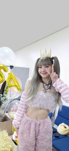 Twitter Pop Group, Girl Group, Blackpink And Bts, Blackpink Lisa, Harajuku, Instagram, Lily, Fanart, Wallpapers