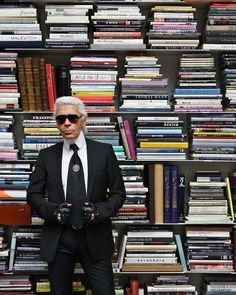 #Chanel's #KarlLagerfeld @karllagerfeld #beauty #style #chic #glam #haute #couture #design #luxury #lifestyle #prive #moda #instafashion #Instastyle #instabeauty #instaglam #fashionista #instalike #streetstyle #fashion #photo #ootd #model #blogger #photography