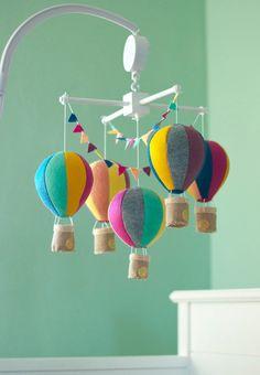 Hot Air Balloon baby crib mobile, balloon nursery, CUSTOM COLORS balloons, baby girl mobile, baby boy mobile, baby shower gift, center piece