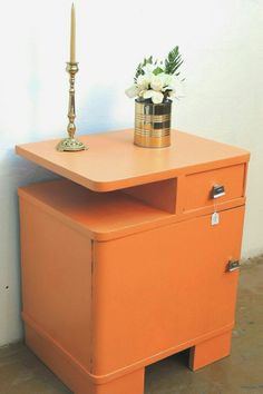Estilo Art Deco, Under Stairs, Furniture Makeover, Nightstand, Decoupage, Recycling, Cabinet, Wallpaper, Creative