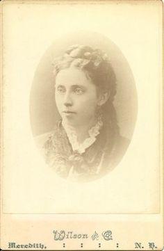 Mystery Photos from an Antique store.  Mattie Ann Jackson Bryant.  Please help me find her descendants!