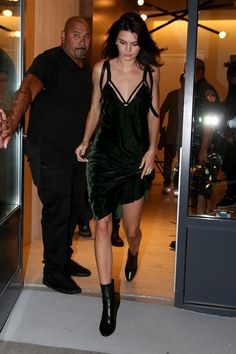 Kendall Jenner en robe Nili Lotan