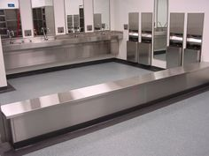 Stonhard seamless floors in a clean room gowning area at a pharmaceutical and research facility