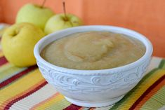 Are you looking for a quick and easy applesauce recipe? It's apple pickin' time and that means fresh apple pies, fresh apple crisp.fresh anything with apples. Our favorite thing to make when it's apple pickin' time is applesauce. Freezer Applesauce, Homemade Applesauce, Apple Recipes, Fall Recipes, Snack Recipes, Cooked Apples, Fresh Apples, Easy Apple Sauce, Freezing Apples