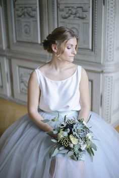 Bride with baby blue tulle skirt and succulent bridal bouquet at Schloss Laudon Vienna Austria by Barbara Wenz Photography Blue Silver Weddings, Blue And Silver, Blue Tulle Skirt, Boho, Amazing Photography, Hair Makeup, Flower Girl Dresses, Wedding Inspiration, Beauty