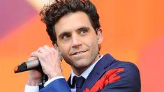 """Mika, insulté et victime d'homophobie, publie une tribune : """"Je me suis senti humilié"""""""