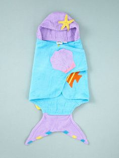Kidorable Mermaid Hooded Towel. Leah would love this!
