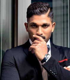 Tamil director in race to direct Allu Arjun? -- Stylish Star Allu Arjun is on a break after the debacle of Naa Peru Surya. The actor will soon start s.