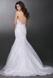 Vanessa White esküvői ruhánk