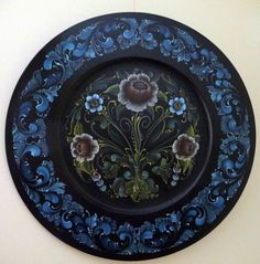 Jan Norsetter uploaded this image to 'Rosemaling4Sale'.  See the album on Photobucket.