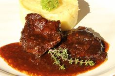 Mashed Potatoes, Steak, Food And Drink, Beef, Cooking, Ethnic Recipes, Whipped Potatoes, Meat, Kitchen