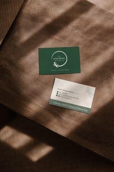 Graphic Design project by Case In Point Design Studio: Business Card design for Kakariki Gift Box Co. Graphic Design Projects, Graphic Design Branding, Print Design, Web Design, Logo Design, Business Branding, Business Card Design, Logo Branding, Showcase Design
