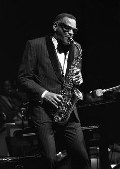 Ray Charles by Renzo Chiesa - Jazz Ray Charles, Music Icon, My Music, Saxophone Players, Black History Facts, Looks Black, Jazz Musicians, World Music, Film Posters