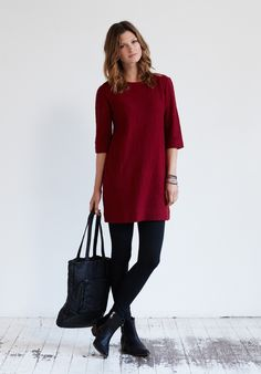 This is made in wool jersey- need to add a couple of these to my Autumn sewing list for comfy days! :)