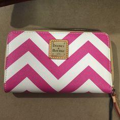 Dooney& Bourke Wallet Designer wallet Dooney & Bourke Bags Wallets