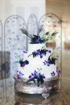 Our Wedding copyright © www.saradharper.com 2012  peacock wedding cake