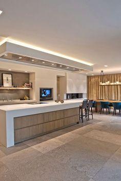 home decor diys Kitchen Cabinet Design, Modern Kitchen Design, Interior Design Kitchen, Kitchen Decor, Luxury Kitchens, Home Kitchens, Küchen Design, House Design, Open Plan Kitchen Living Room