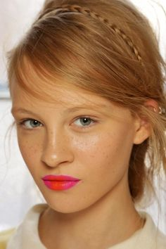 We're mesmerized by this two-tone pout. #Refinery29