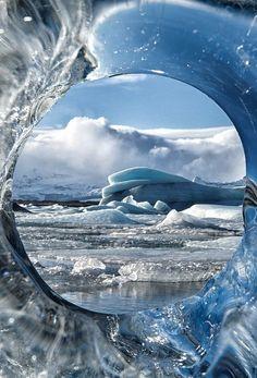 Paisajes preciosos del invierno. Jökulsárlón es el mayor y más conocido lago glaciar de Islandia. ¡No dejes de viajar!