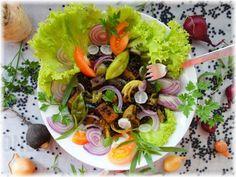 Grünes Gemüsecurry mit feinen Belugalinsen und Räuchertofu (vegetarisch / vegan) - frisch, knackig, gesund und lecker! Eine echte Eiweißbombe mit Demeter-Gemüse aus meinem Ernteanteil der Solidarischen Landwirtschaft Dahlum. Kurzlink direkt zum Rezept: https://wp.me/p7NDQI-Tb #vegetarisch #vegan #gemüse #foodblog #linsen #belugalinsen #räuchertofu #gemüsecurry #cleaneating #veggielove #wirsing