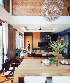 บ้านสไตล์โมเดิร์นอินดัสเทรียล เรียบง่ายและใช้วัสดุอย่างคุ้มค่า