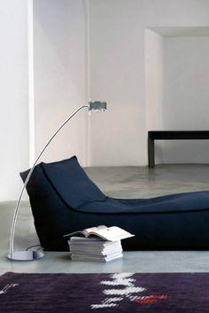 Una lampada di lettura di design che accompagna il nostro riposo!  #StilluceStore #Componi200 #CiniENils Design