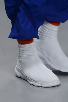 new styles 4b5a8 091e6 Issey Miyake Fall 2018 Men s Fashion Show Details - The Impression Men  Fashion Show, Men s