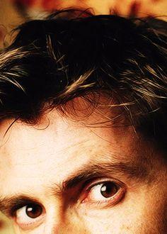 Eyes... Beautiful brown eyes.... asdfghjkl the hair!