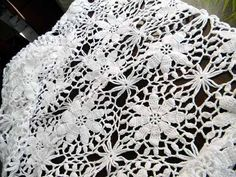 lace table cloths