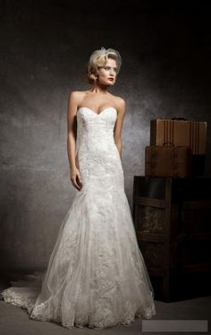 Sweetheart Tulle,lace Empire Chapel Train Trumpet Wedding Dress