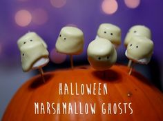Marshmallow Ghosts | Community Post: 14 Creative And Easy Last Minute Halloween Treats