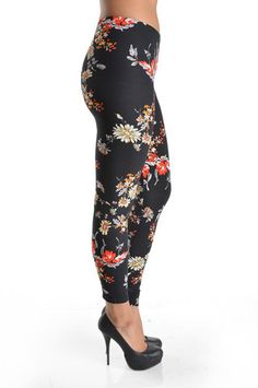 Floral fixation WL-160 – Mayberrys Funky Leggings, Retail, Floral, Style, Stylus, Shops, Retail Merchandising, Flowers