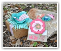 Dearest Mom Gift Set Class making adorable floral treat filled box and fancy fold card with a hidden secret.