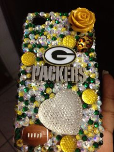 Green Bay Packers by Diamondsohmy on Etsy. WANT WANT WANT!