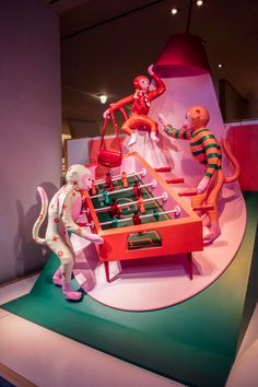Invite all your friends over for Game Night! We imagined four different Game Night scenes that featured animals playing cards, foosball, pool, and ping pong. Hermès products were integrated into each scene in clever and fun ways. We built and hand-painted over 100 paper mache animals in our studio. #windowdisplay #windowdesign #window #visualdisplay #visualmerchandising #setdesign #illustration #hermes #hermeswindows #sculpture #paper #papermache Paper Mache Animals, Exhibition Display, Different Games, Visual Display, Environmental Design, Window Design, Game Night, Visual Merchandising, Paper Art