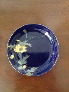 Vintage Hand Painted Small Plate Dark Blue with Gold Flowers // Japan by aniadesigns on Etsy