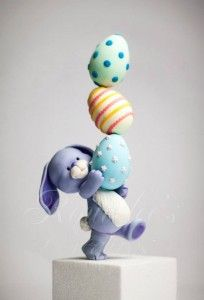 Easter Bunny Cake Topper Tutorial by Rouvelee's Creations - The Cake Directory - Tutorials and More