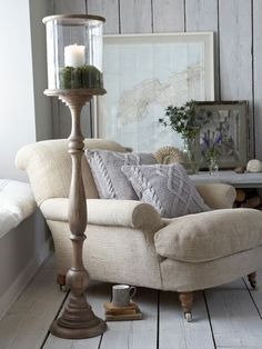 27 Interior Designs with Comfy Chairs Interiorforlife.com Living Inspiration