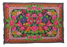 VINTAGE MOLDAVIAN KILIM RUG with flower pattern // COV025 (please see the video in the shops home page to get an idea of how theses kilim rugs will suit your home design)  Moldavian kilim rugs, wrongly called Bessarabian kilims rugs, are famous for their vivid flower patterns. Each village has its own patterns but styles can roughly be separated into northern and southern.The difference is in the rug's background pattern. The south style kilim rugs usually have a black background without…