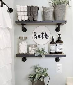 24 Wonderful Small Farmhouse Bathroom Decor Ideas And Remodel. If you are looking for Small Farmhouse Bathroom Decor Ideas And Remodel, You come to the right place. Here are the Small Farmhouse Bathr. Small Bathroom Storage, Diy Bathroom Decor, Bathroom Design Small, Diy Home Decor, Wall Storage, Bathroom Designs, Storage Ideas, Storage Solutions, Budget Bathroom