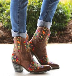 Old Gringo Sora Brass Short Cowgirl Boots Short Cowgirl Boots, Cowgirl Style, Short Boots, Western Boots, Cowboy Boots, Cow Girl, Low Heel Boots, Heeled Boots, Ankle Boots